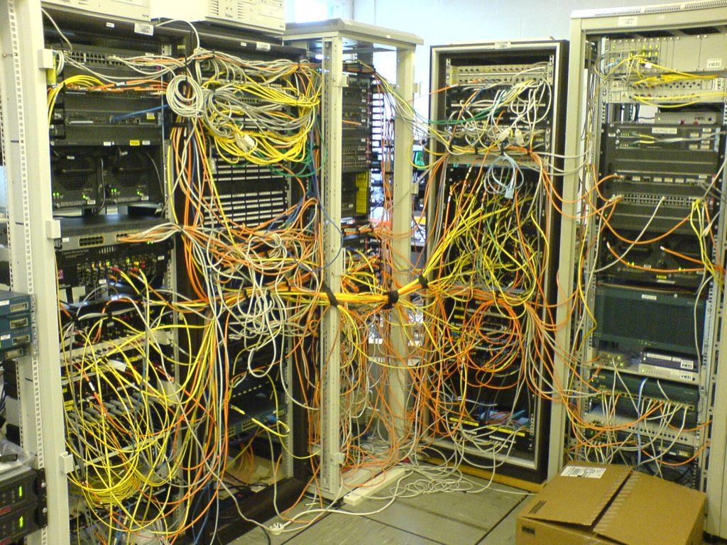 An example of ineffective fiber management.